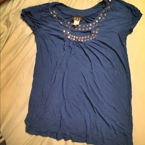 2/$20 Top with metal detailing size small